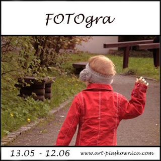 http://art-piaskownica.blogspot.com/2016/05/fotogra-spacer.html