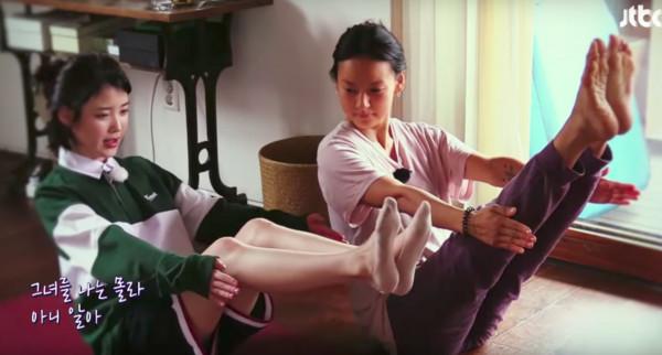 李孝利「上廁所想到了一段旋律」 IU一小時完成合唱曲