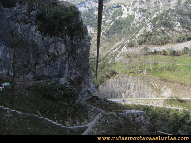 Ruta Puente Vidosa, Jucantu: Tirolina en Puente Vidosa