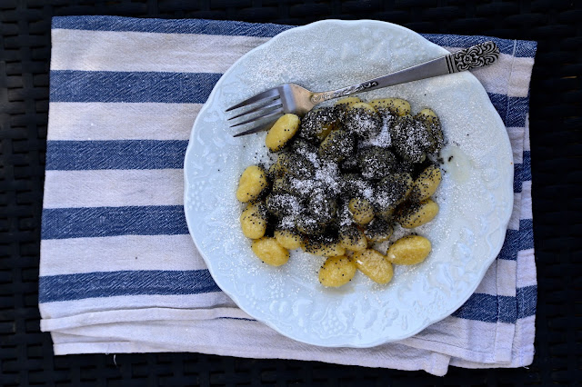Poppy seed gnocchi, skubanky, czech food