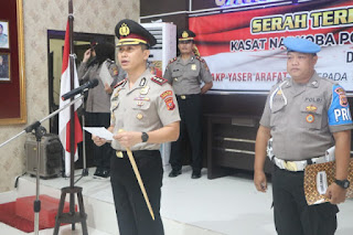 Kapolres Cirebon Kota Polda Jabar Pimpin Upacara Serah Terima Jabatan Kasat Narkoba Polres Cirebon Kota