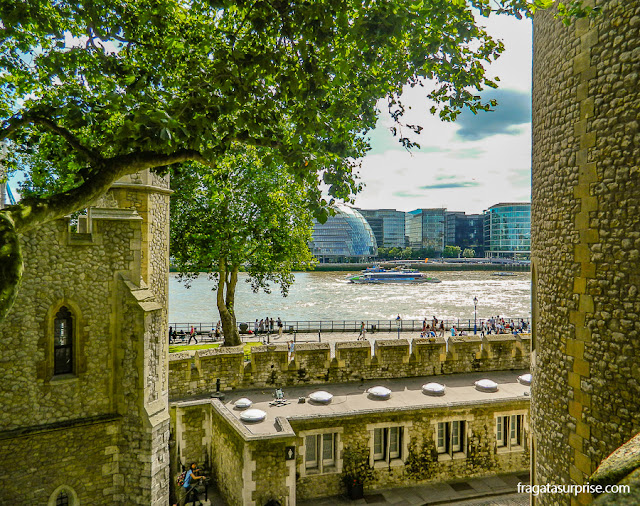 O Rio Tâmisa visto da Torre de Londres