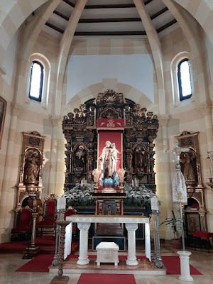 Virgen del Carmen, Salinas, iglesia