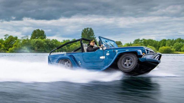 مركبة Prodrive Watercar محرك بسعة 3.7 لتر، V6
