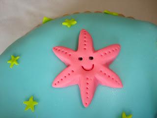 Estrella de mar modelada de fondant