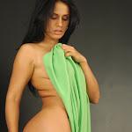 Andrea Rincon – Selena Spice – Cachetero Verde Foto 162