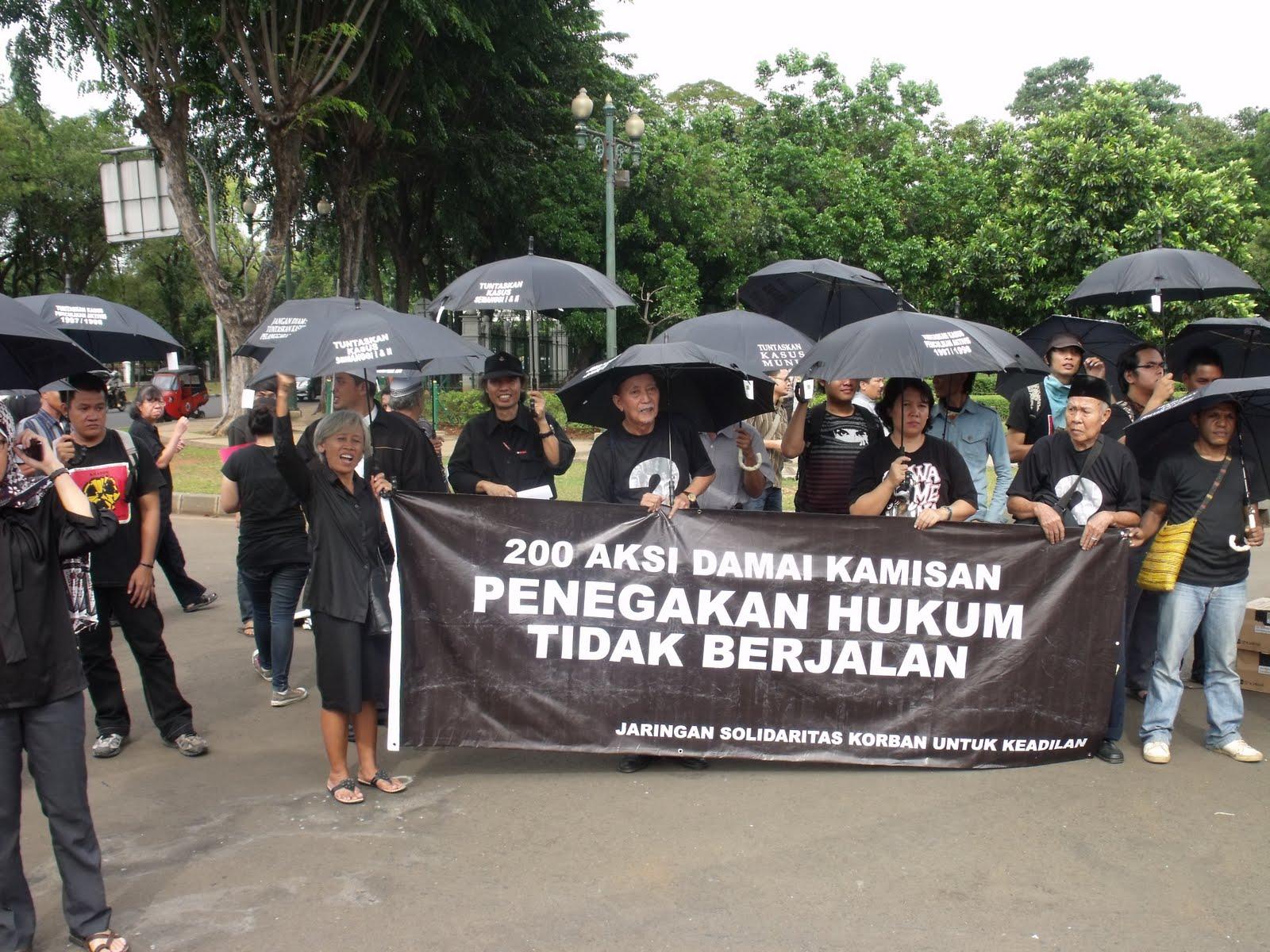 Kasus Pelanggaran Ham Berat Di Dunia Contoh Kasus Kasus Pelanggaran Ham Di Indonesia Contoh Skripsi Hukum Pidana Hukum Pidana Terbagi Menjadi Dua Bagian