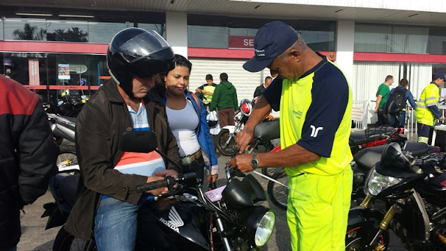 'Viva Motociclista' conscientiza participantes da Moto Romaria de Registro a Iguape