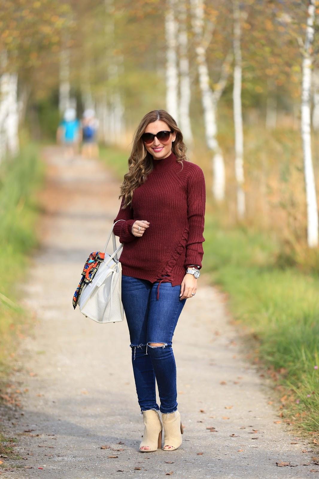Fashionstylebyjohanna Herbstlook - Blogger Herbstlook - Musthaves im Herbst - Bordeaux - Beige- Pulloiver in Bordeaux - Bordeaux Bloggerpulli - Was ziehe ich im Herbst an- Fashionstylebyjohanna- Blogger Frankfurt