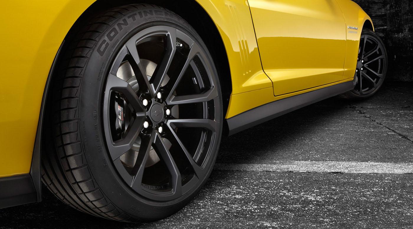 continental yellow camaro Η Continental έχει θέσει ως στόχο την εξάλειψη των οδικών ατυχημάτων