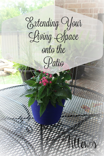 patio, back porch, patio furniture, outdoor dining