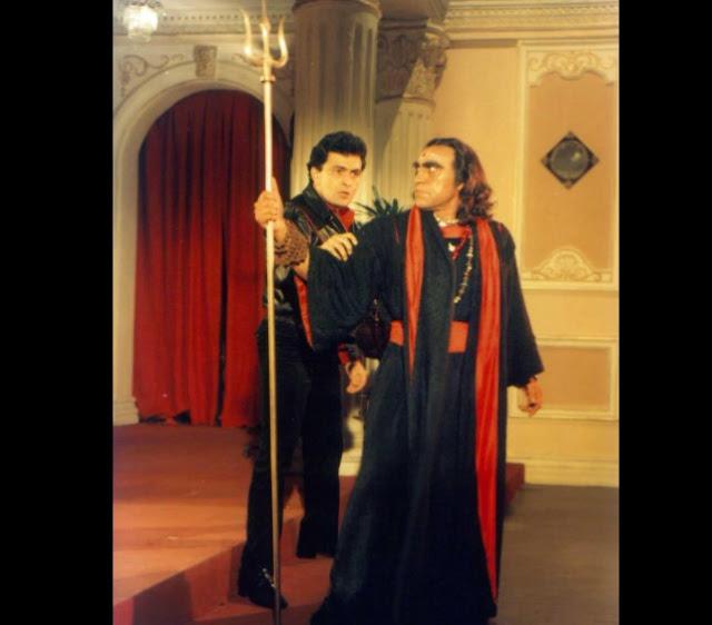 Rishi Kapoor and Amrish Puri in Nagina (1986)