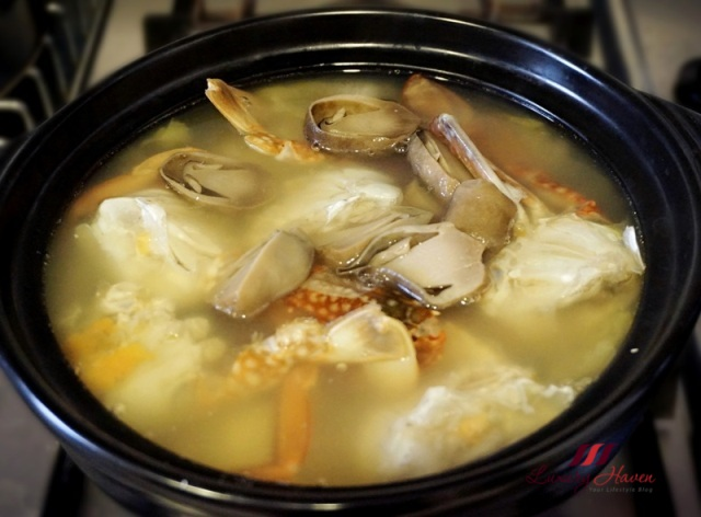 asian cooking flower crab soup with straw mushrooms