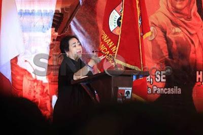 """Rachmawati Meradang : """"Ini Orang Mau Salat Jumat Kubro kok Dilarang, Saya Protes Keras Pak Kapolri"""""""