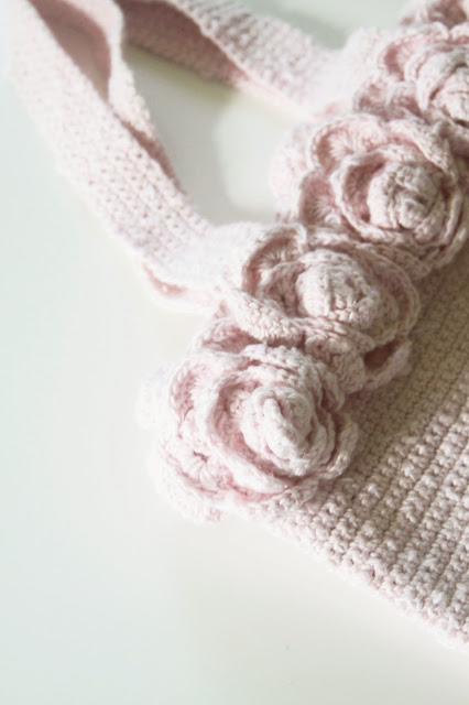 roses, crocheted roses, crocheted bag, Anne Butera, My Giant Strawberry