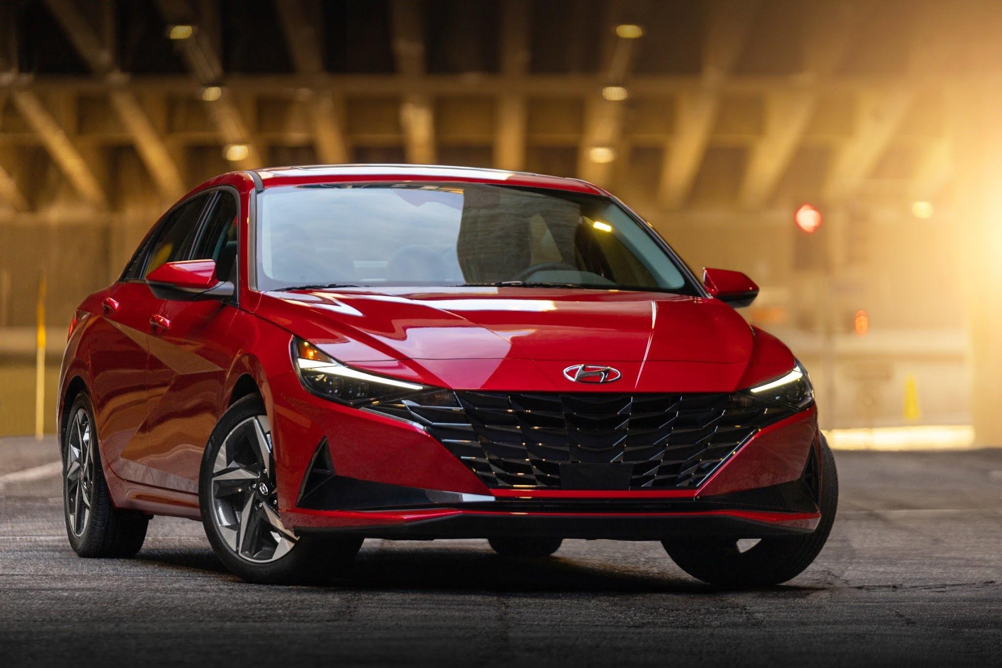Hyundai Elantra Wins Prestigious 2021 North American Car of the Year