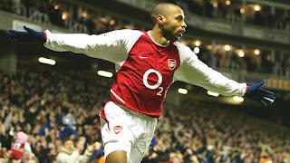Thierry Henry mới là ông vua kiến tạo tại Premier League