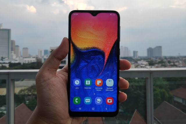 Layar Samsung Galaxy A10