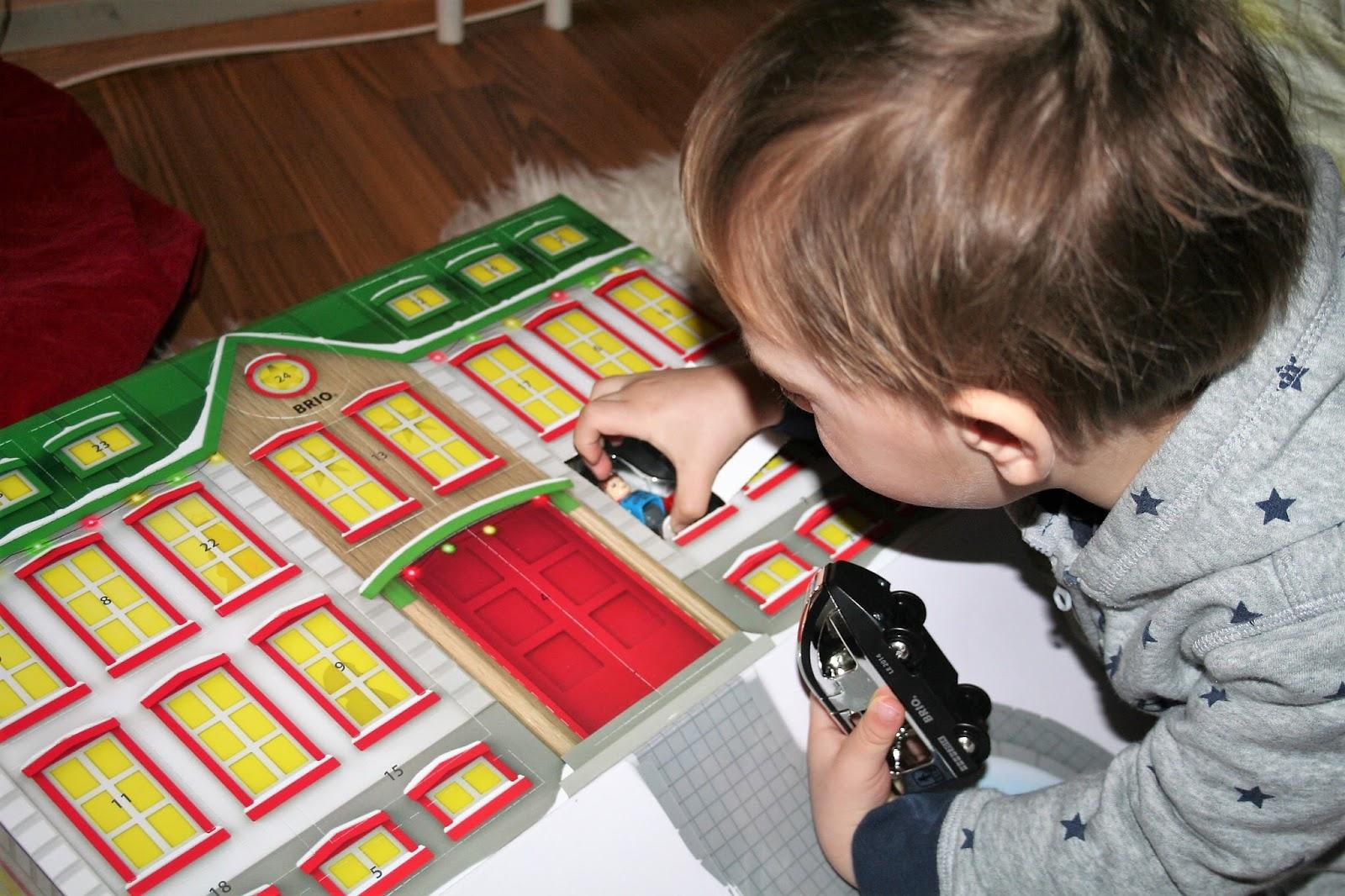 brio joulukalenteri 2018 sisältö Kotona ja kaupungilla: Brion joulukalenteri brio joulukalenteri 2018 sisältö