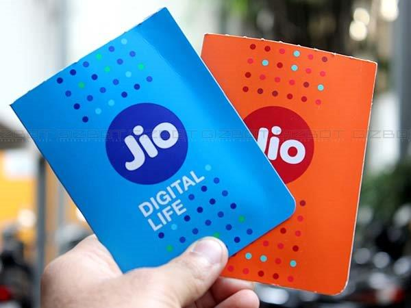 Get a cashback of Rs. 76 on recharge of Reliance JIOGet a cashback of Rs. 76 on recharge of Reliance JIO