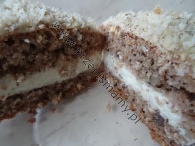Ciasto orzechowe z masą maślaną