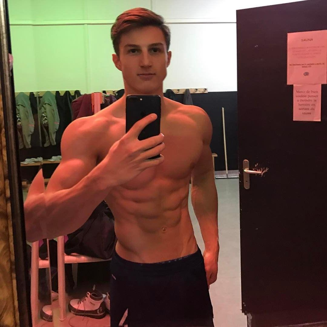 handsome-young-french-boys-bare-chest-fit-body-sixpack-abs-jawline-selfie