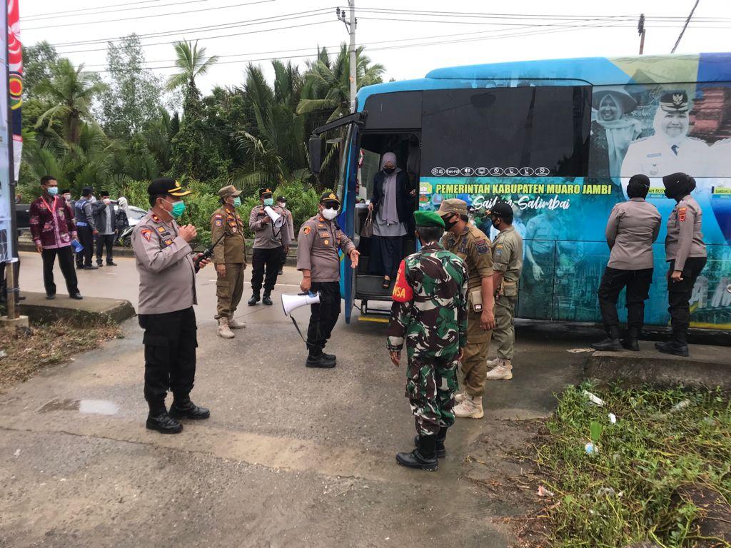 Demi Pengamanan MTQ Ke-50 Tingkat Provinsi Jambi, Polres Tanjabbar Kerahkan Ratusan Personil