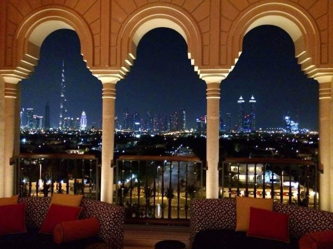 Mercury Is A Jewel Atop Hotel And Chic Lounge Which Located On Sixth Floor Rooftop In The Four Seasons Resort Wine Bar