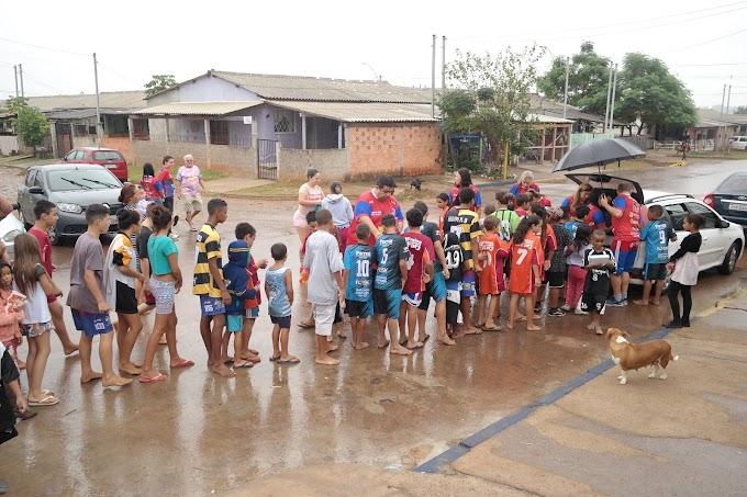 CACHOEIRINHA | Onze Solidário entrega doações de Páscoa