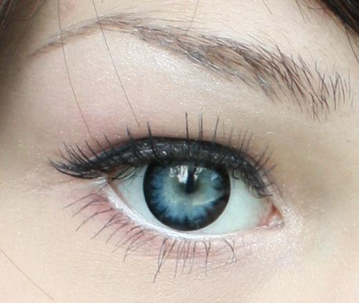 meikkiohje tummat silmänaluset