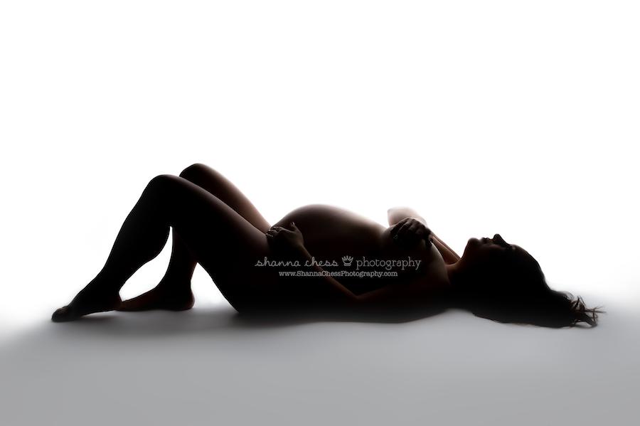 eugene oregon studio maternity photographer