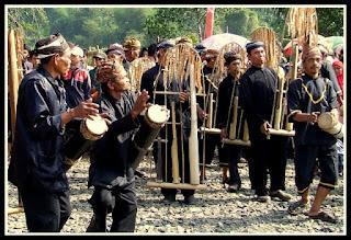 Angklung Buhun Kesenian Tradisional Masyarakat Baduy di Banten