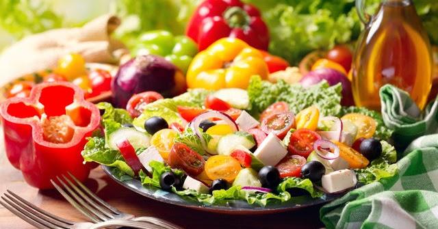 Puffadás és lassú anyagcsere ellen: 10 étel, ami javítja a..