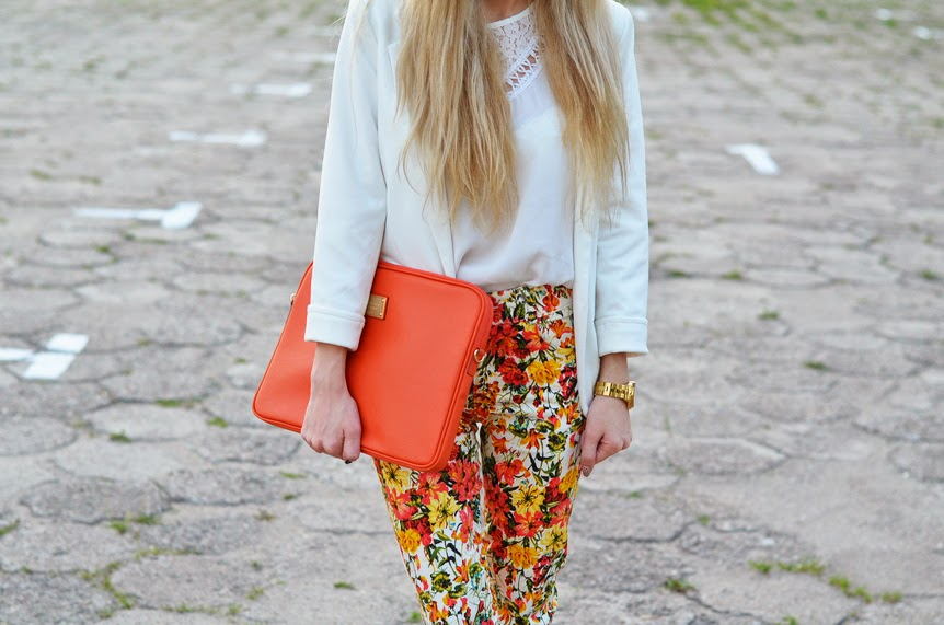 FLORAL PANTS, WHITE BLAZER, ORANGE BAG & HIGH HEELS