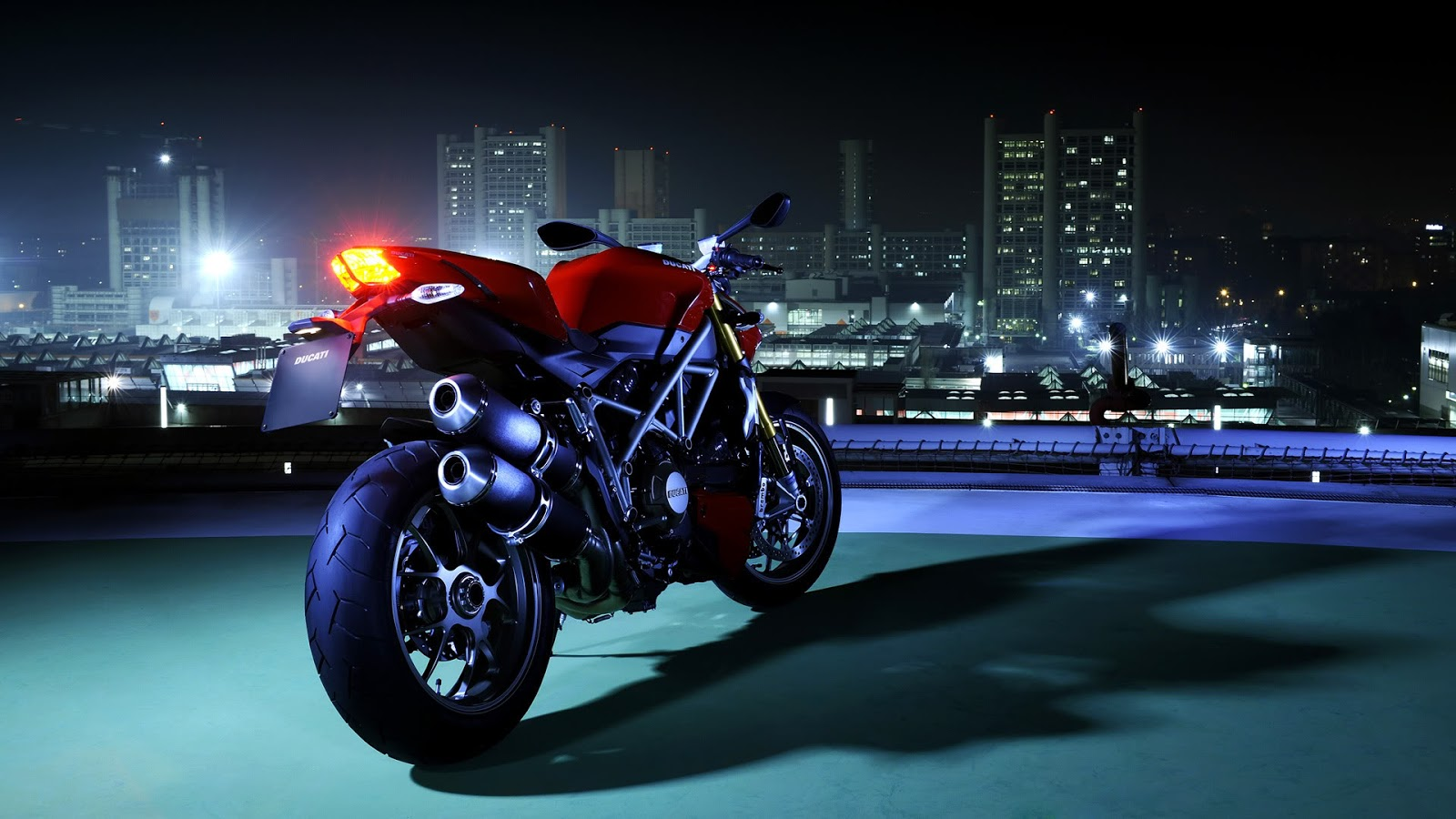 Hd Wallpapers Hd Backgrounds: Ducati HD Wallpapers