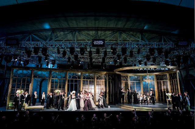Verdi: La traviata - Opera Holland Park 2018 (Photo Robert Workman)