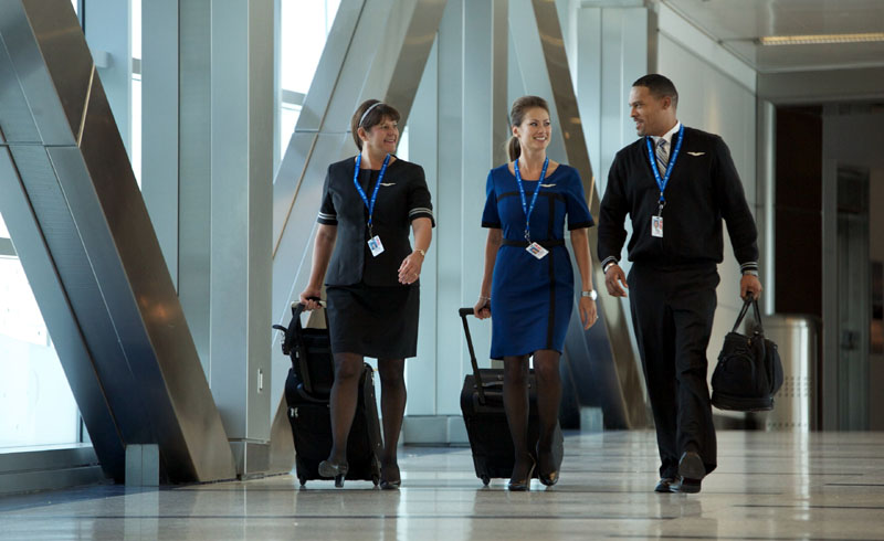 United to Close Three International Flight Attendant Bases