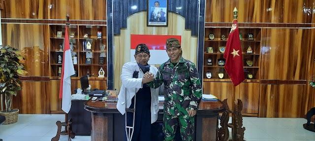 Kadisjarahad Brigjend TNI DR Rachmat Setia Wibawa S.I.P, M.M, M.Tr (Han) Terima Kunjungan Silahturahmi Kawargian Abah Alam (KAA)