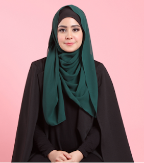 Model Hijab Risty Tagor