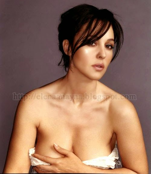 Monica Bellucci Covering Her Big Boobs