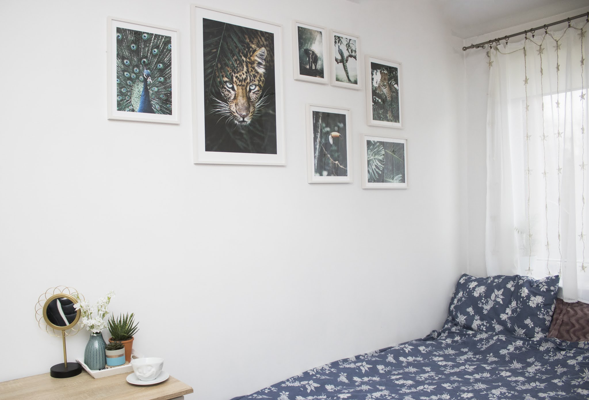 Dżungla w sypialni na ścianie - obrazy Poster Store