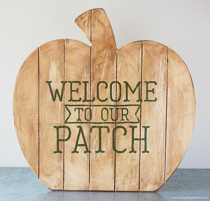 Wood Pumpkin Sign with Antique Wax Coating