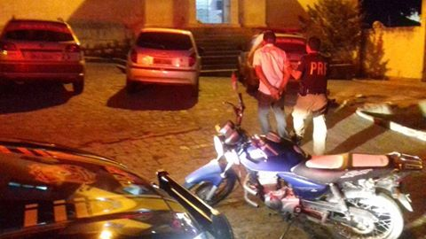 PRF recupera motos roubadas em Ouro Branco e Rio Largo