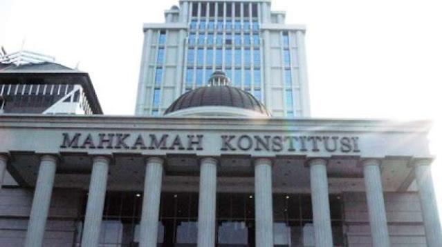 Tuntutan Halim-Komperensi Copy Paste, Hakim MK: Banyak Sekali yang Sama