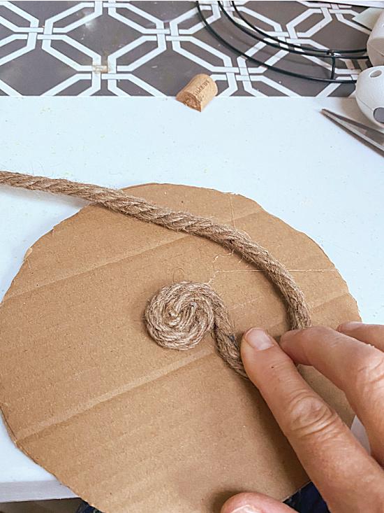 wrapping jute on cardboard