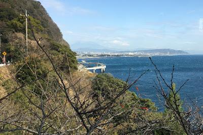 カフェ「かいざん」から見る石部海上橋