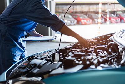 perawatan servis berkala pada mobil