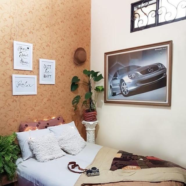 Desain Wallpaper Dinding Kamar Tidur Remaja Sempit