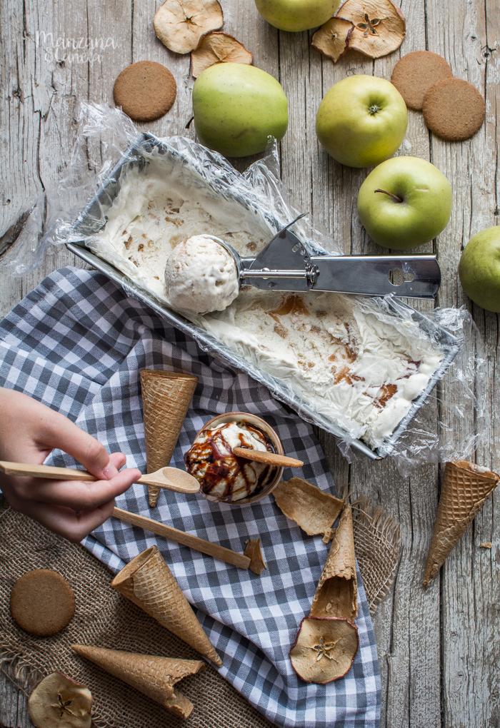 Helado de tarta de manzana. Receta fácil sin heladera.