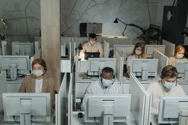 Customer Service Zalora Cara Menghubungi Zalora Indonesia Terkait Pertanyaan Dan Pesanan Receh Info